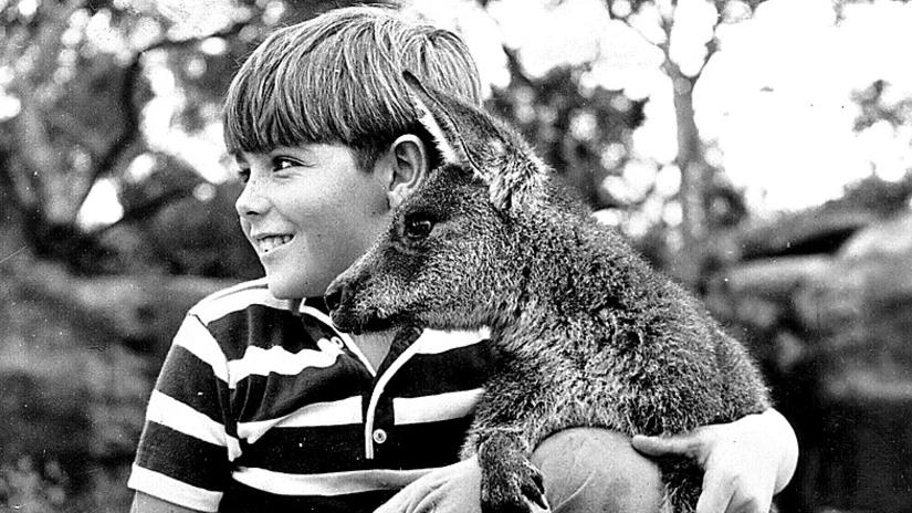 Skippy starring in the TV show with actor Garry Pankhurst.