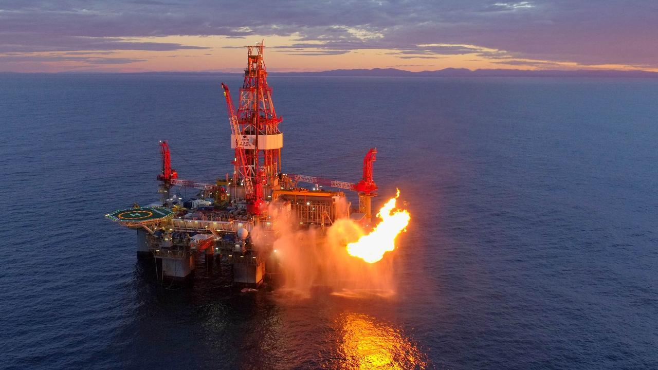 Gas from places like Cooper Energy's Sole-3 gas well being drilled in the Otway Basin off the coast of South Australia, needs to be transported across the country and into people's homes.