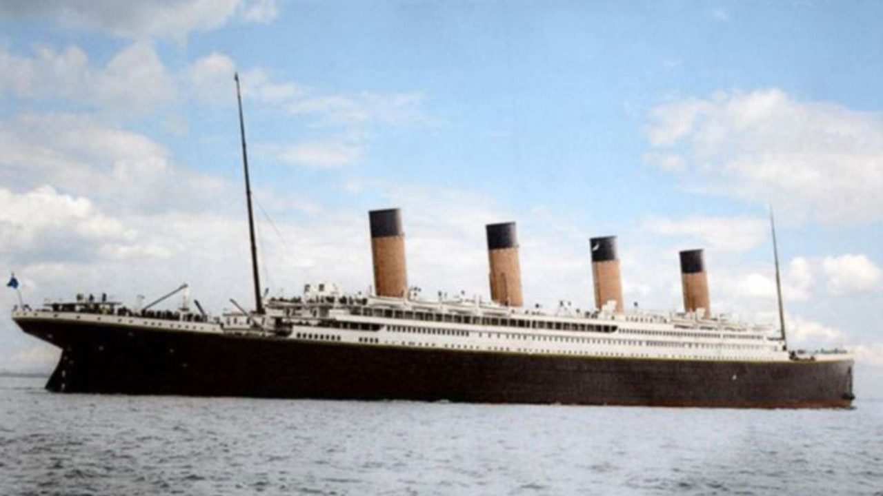 MUST CREDIT Anton Logvynenko/TITANIC-IN-COLOUR.COM Inking of The Titanic: Photographer colours black and white pictures of world's most famous ship with extraordinary results  Russian photo editor Anton Logvynenko has coloured in original black and white images of The Titanic  Mr Logvynenko's project shows off the luxury and opulence of the iconic passenger liner Picture: Notes) Other (see