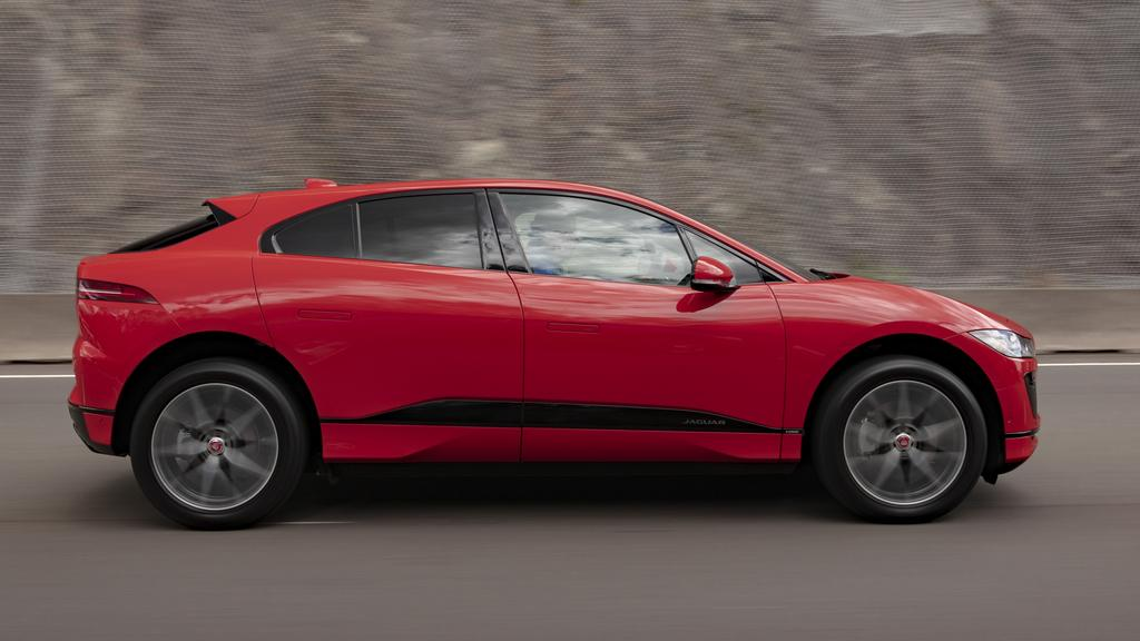 Jaguar S I Pace Struggles To Come Close To Claimed Driving