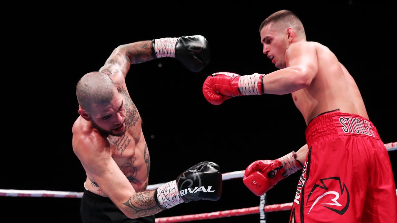 Isaac Hardman punches Robert Berridge.