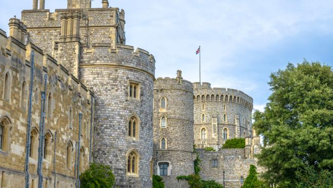 1/12Where is Windsor Castle? Located in the county of Berkshire, Windsor Castle is about 40 kilometres from central London.
