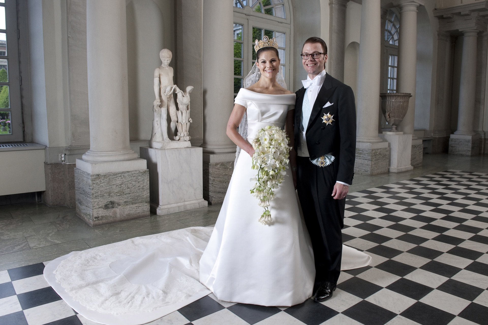 Inside Crown Princess Victoria and Prince Daniel's 2010 wedding