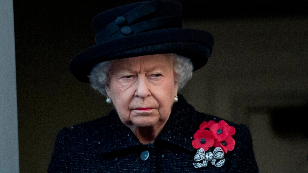 Claims the Queen approved Whitlam's dismissal are 'completely garbage'