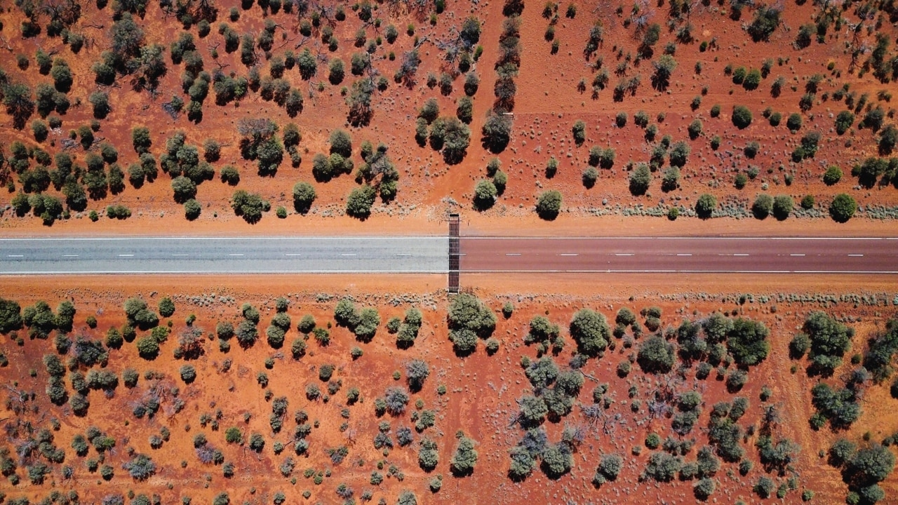 NT borders shut to Victorian travelers 'indefinitely'