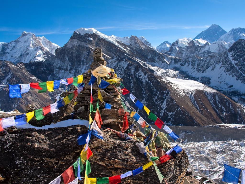 Mount Everest from Gokyo, Nepal.