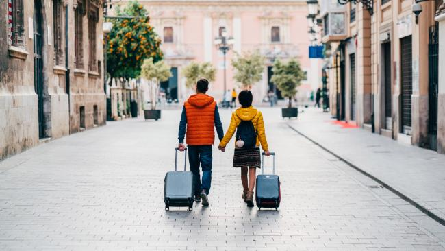1/6Savvy tip 1 Booking your flight on a Sunday over a Friday can save you around 25 per cent on domestic airfares, according to Expedia. And starting your trip on a Thursday over a Sunday can be up to 20 per cent cheaper.