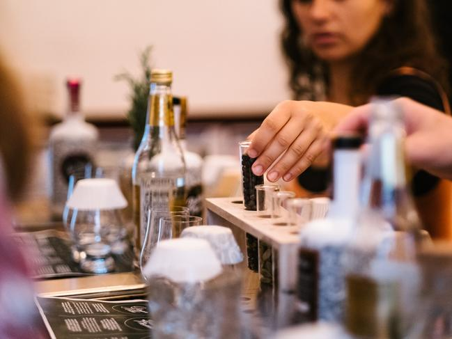 GIN MASTER CLASS FROM $65 FROM LITTLE LON DISTILLING CO. Got a buddy who has everything? This masterclass is a unique gift experience from Melbourne based micro distiller, Little Lon. They'll begin with a G+T, then learn about the distilling process and finish off by creating a signature cocktail.