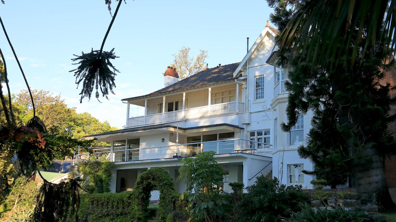 """The Point Piper mansion """"Elaine"""" on New South Head Road, Point Piper, was purchased for a whopping $100m. Picture by Damian Shaw"""