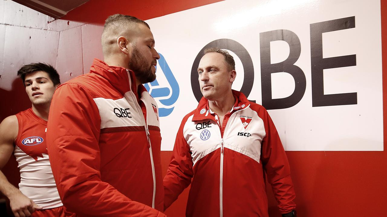Lance Franklin speaks to John Longmire after Friday night's game.