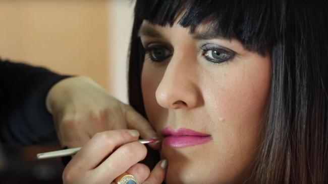 ... a face full of makeup ...