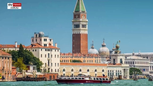Venice to surveil tourists using cameras and phone trackers