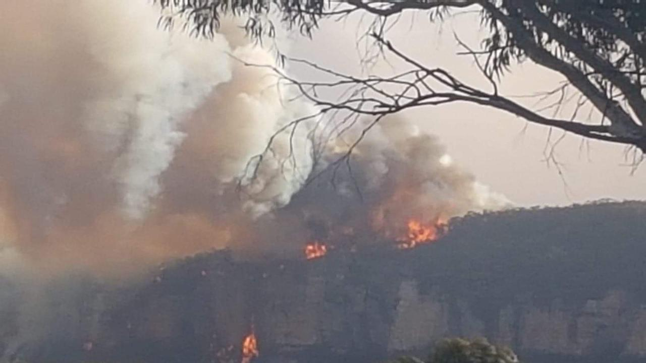 Flames from a grass fire off Cliff Drive in Katoomba. Picture: Supplied