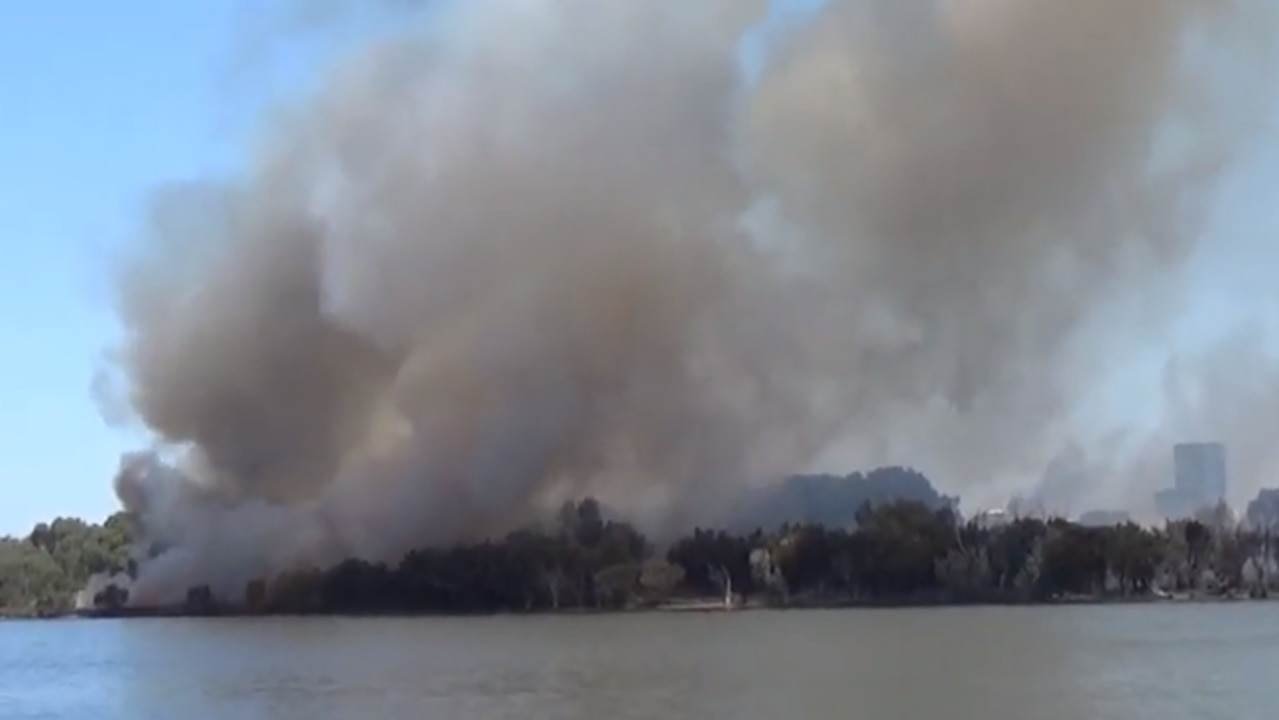 Bushfire Breaks Out Near Australia Versus New Zealand Test in Perth
