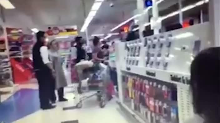 Customer abuses staff in Coles supermarket