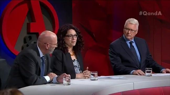 Liberal Senator Arthur Sinodinos calls for rise to Newstart