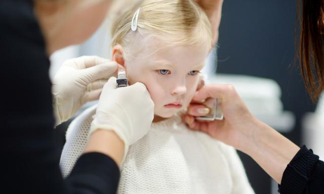 Employee quits after refusing to pierce child's ears without her consent