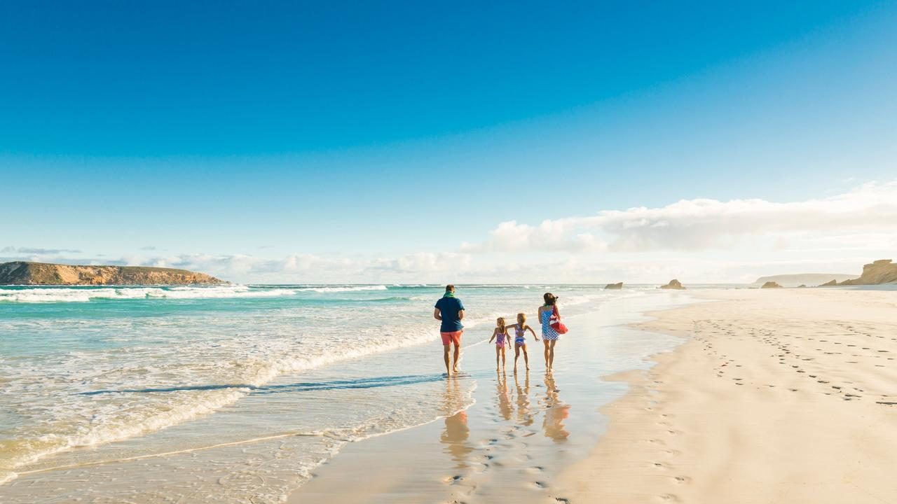 This tour highlights all the best bits of Port Lincoln and Coffin Bay National Park. Picture: SATC