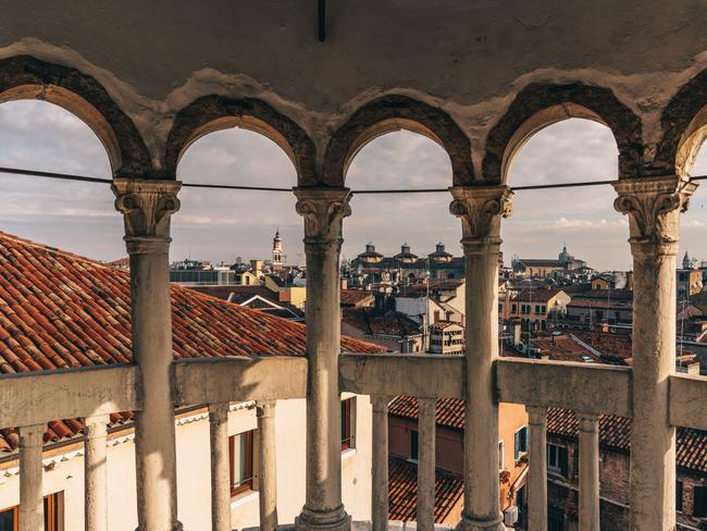 """GETTING """"LOST"""" ON PURPOSE Getting lost back home means time has been wasted. But wandering around aimlessly in Venice means you will likely stumble across a secret courtyard with stairs that lead up to the best view of the city."""