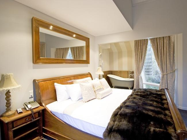 5. ROCKPOOL LODGE LUXURY ACCOMMODATION If you're seeking quintessential chalet luxury, look no further than the award-winning Rockpool Lodge in the Thredbo Village. The luxe self-contained lodge overlooks the beautiful Thredbo river and features a private sauna, granite wood fireplace, complete kitchen, and two provided car spaces.