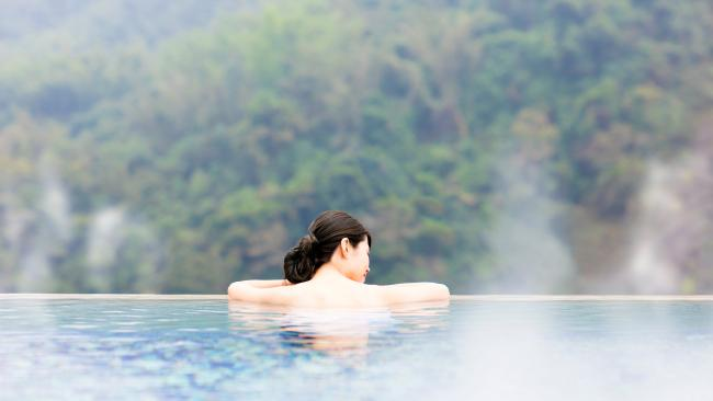 8/8Take your time The longer you're in the water, the more you'll be able to reap the benefits. Most onsen have areas where you can relax after a soak - from hot sand rooms to small bars to lounge areas with massaging chairs and glasses of Kirin or sake. See also: Inside Japan's hidden sex hotels This 2 hour trip from Sydney feels like Japan