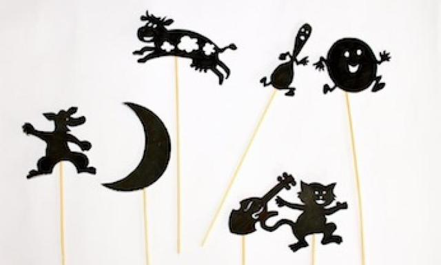 Make Hey Diddle Diddle shadow puppets