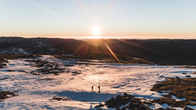 17/71Kosciuszko National Park - NSW In winter, the thick snow drifts of the Snowy Mountains make it a haven for snow bunnies. But come summer,Kosciuszko is covered with wildflowers.Picture:Destination NSW