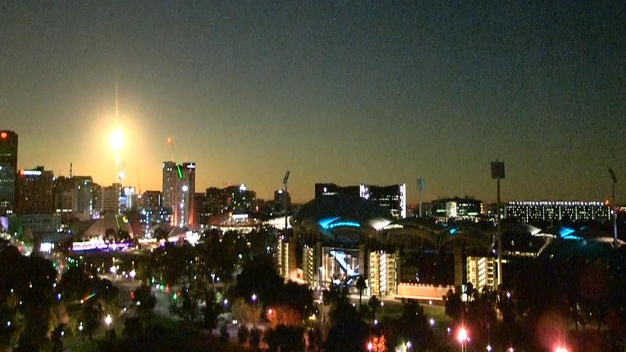 The meteorite above the Adelaide city skyline on May 22. Picture: 9 News
