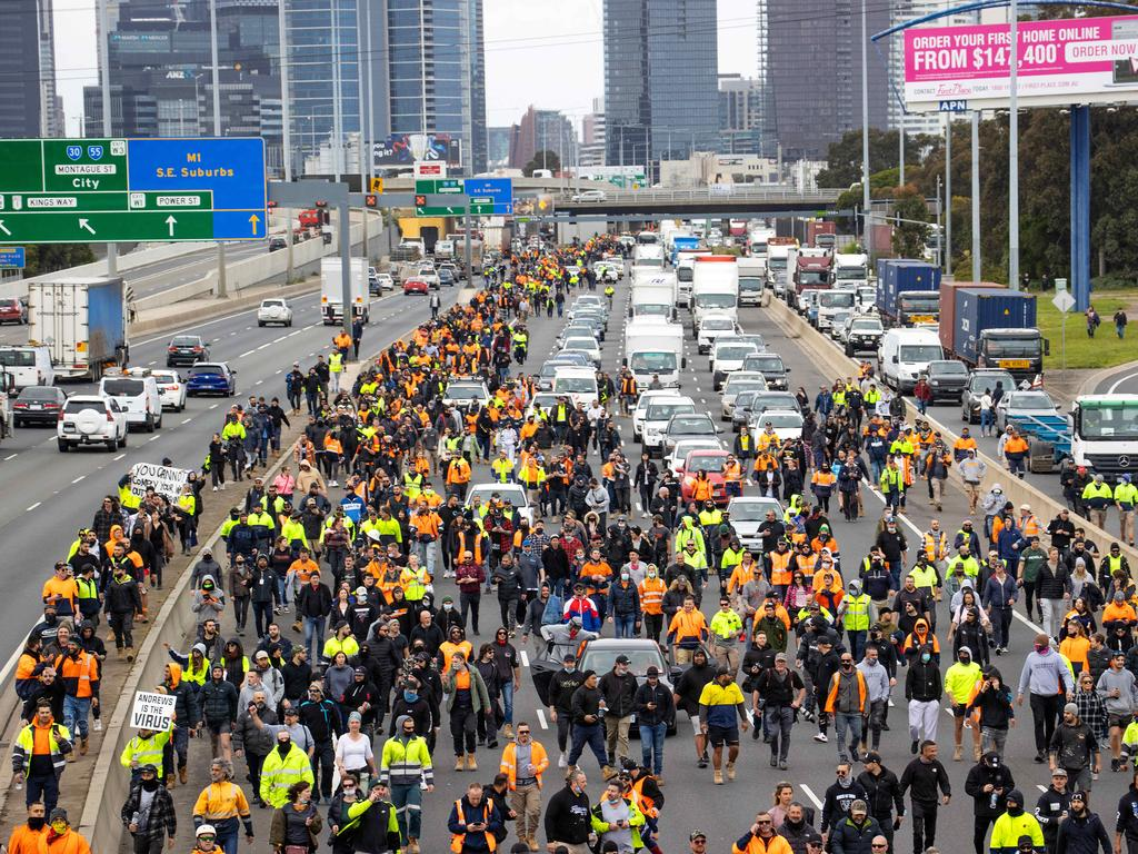 Protesters blockade the Westgate Freeway in opposition to mandatory vaccination and a two week shutdown of the construction industry. Picture: Mark Stewart