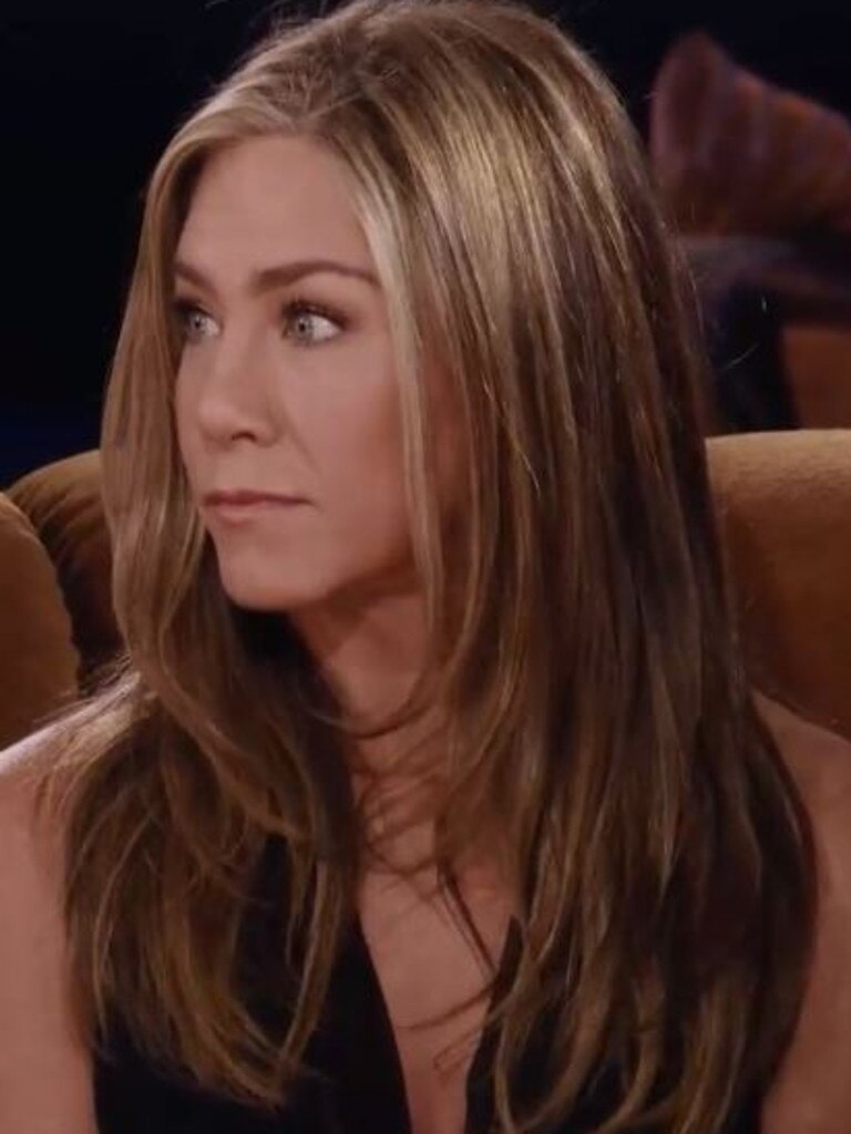 Both Aniston and Schwimmer spilled that they had a romantic connection during the first season.