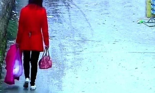 Shocking footage: new mum leaves baby to die inside a plastic bag