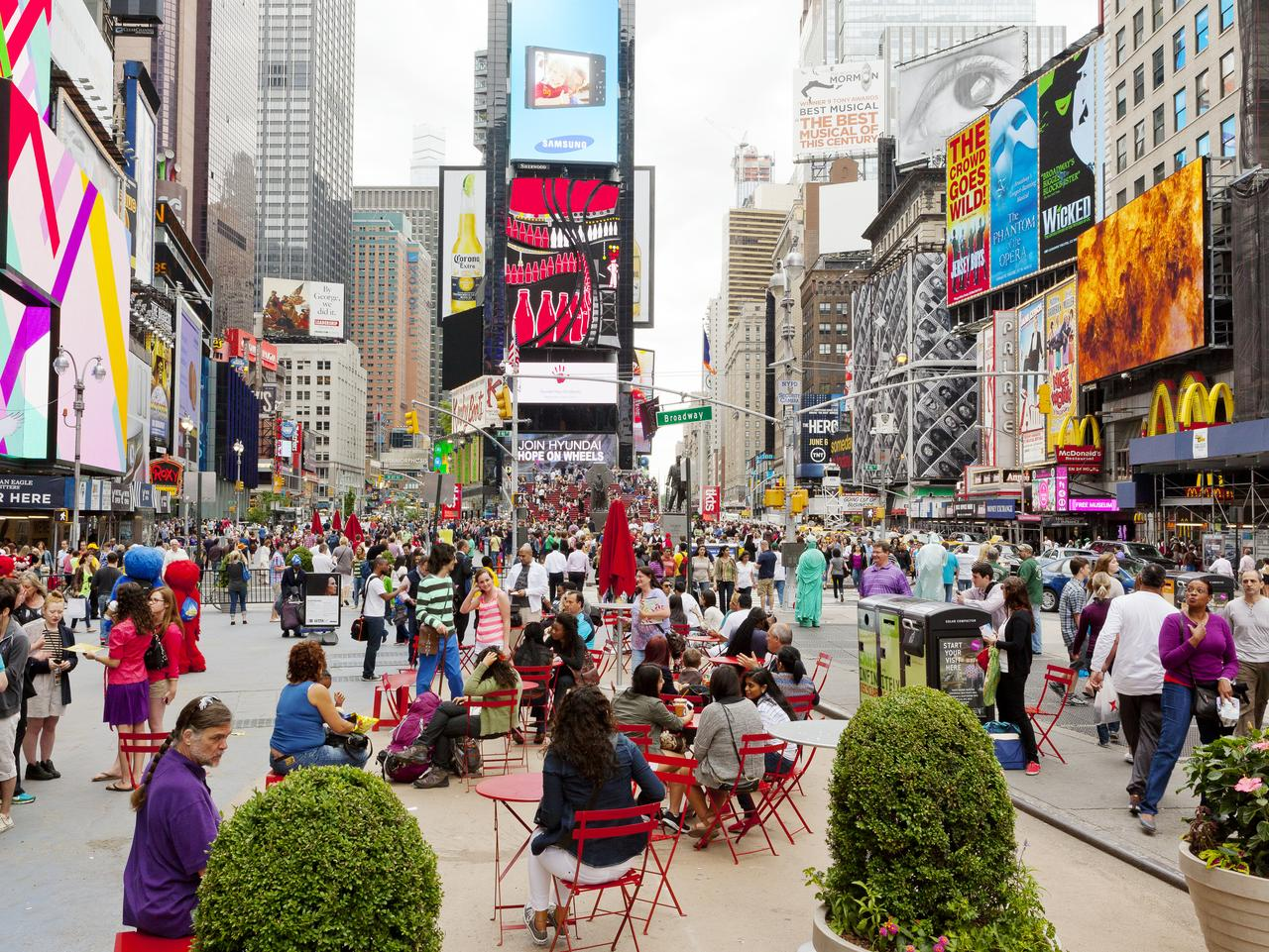 BROADWAY ... ESCAPE FEB 28: Times Square, Midtown, Manhattan