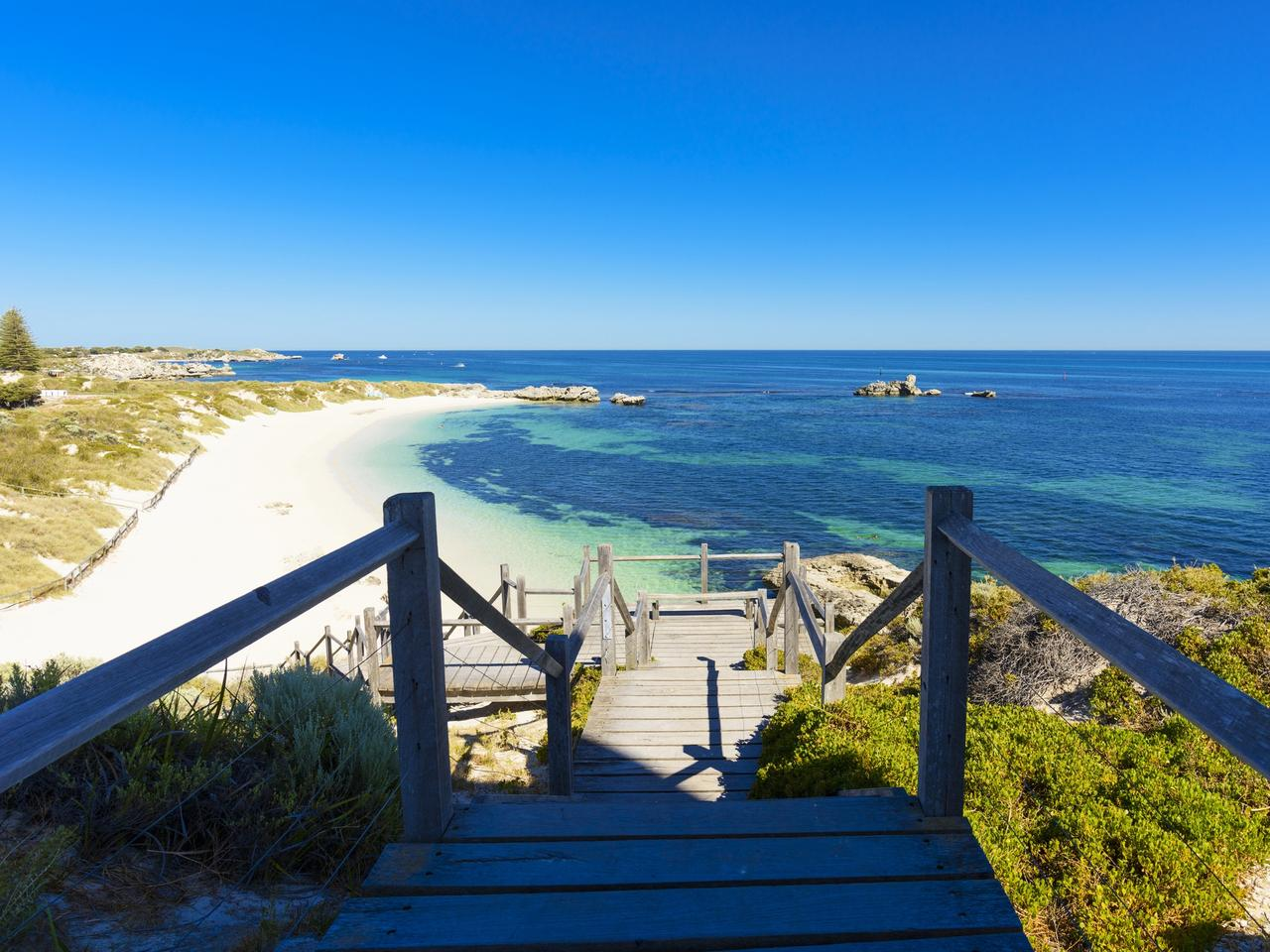 Dreamy Bay, white beach and rocks, island in Indian Ocean, Rottnest Island, Australia, Western Australia, Down Under