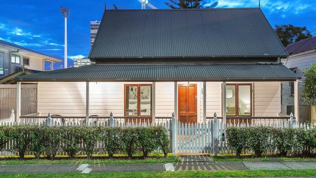 Houses record 'significant' jump in value