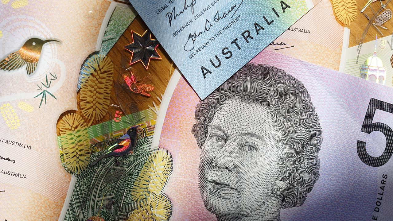 Aussies choose savings over love thumbnail