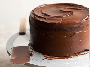 A healthy chocolate cake with a hit of antioxidants? Yes please! Image: Supplied: Teresa Cutter, The Healthy Chef.