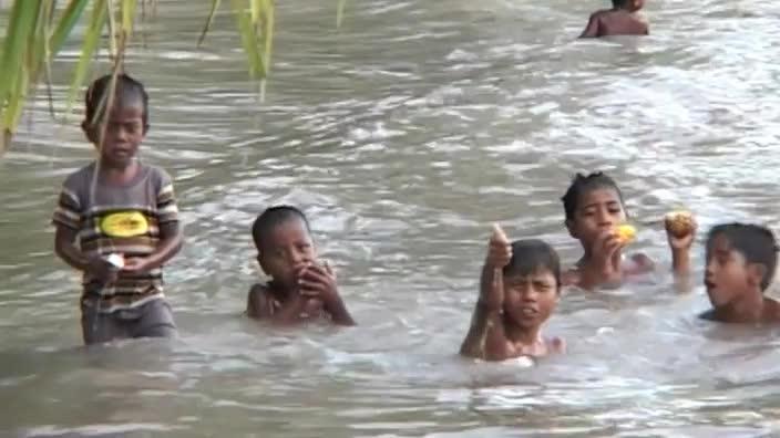 Kiribati's endangered island paradise