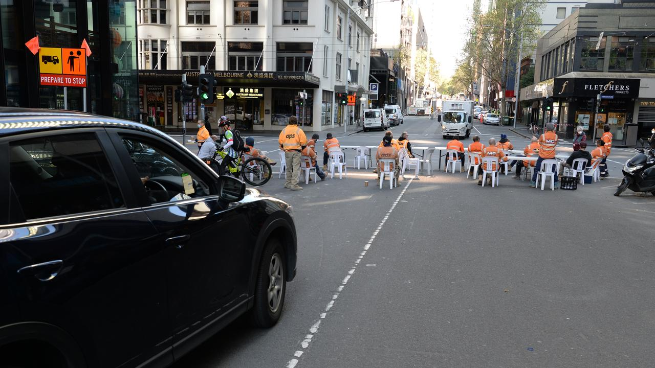 Tradies blocked roads in protest of the new tea room rules. Picture: NCA NewsWire / Andrew Henshaw