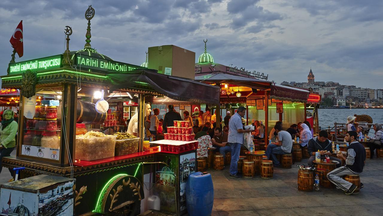 Street food in Istanbul.