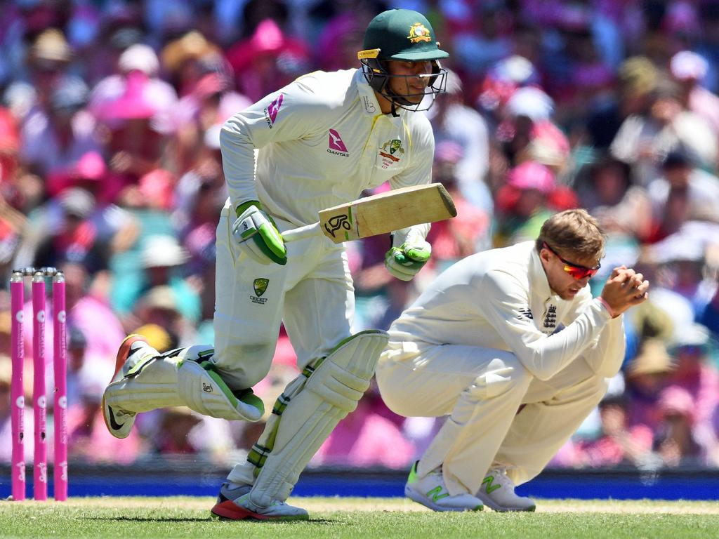 Australia's Usman Khawaja (L) in action during the 2017-18 Ashes series. Picture: AFP PHOTO