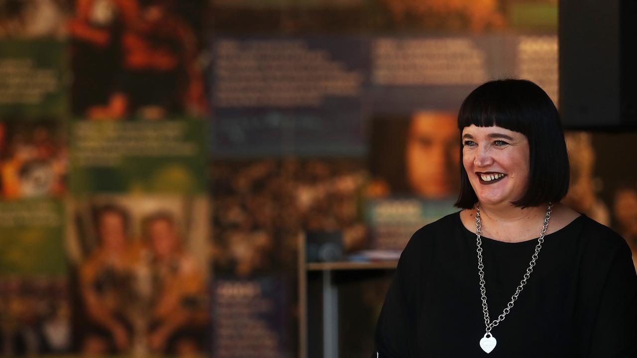 Rugby Australia boss Raelene Castle is set to meet with Israel Folau.