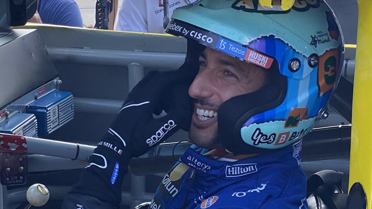 'Bad a**' Ricciardo blows America away with crazy lap and burnouts in hero's car