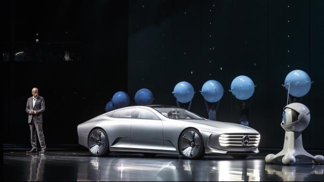 Fwd: (4x pics) Photo shows Mercedes-Benz boss Dieter Zetsche at the 2015 Frankfurt motor show. Pi