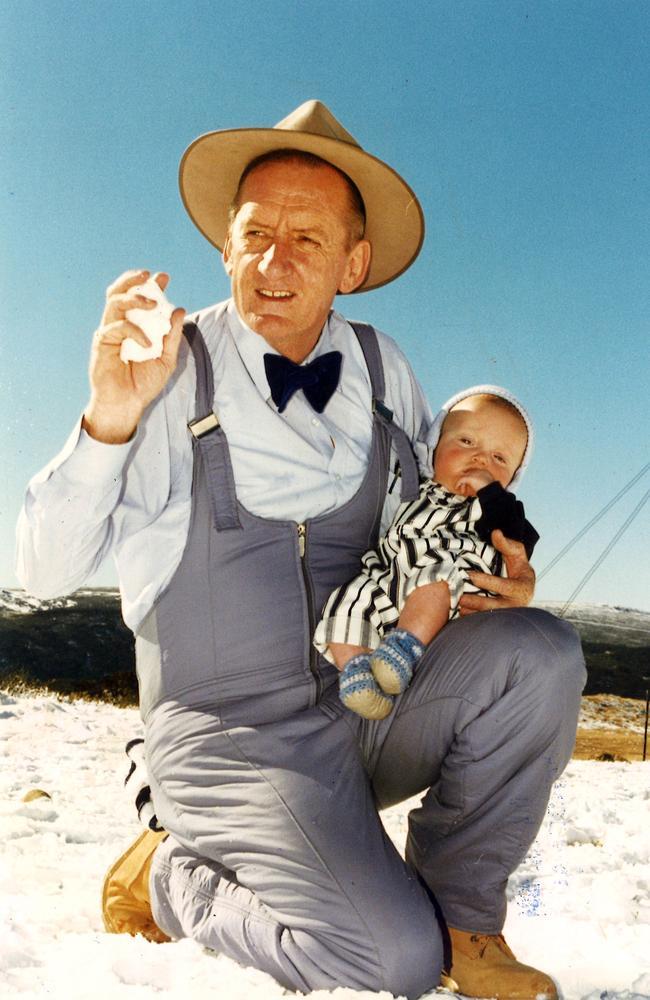 Tim Fischer with his son, Harrison, in 1994.