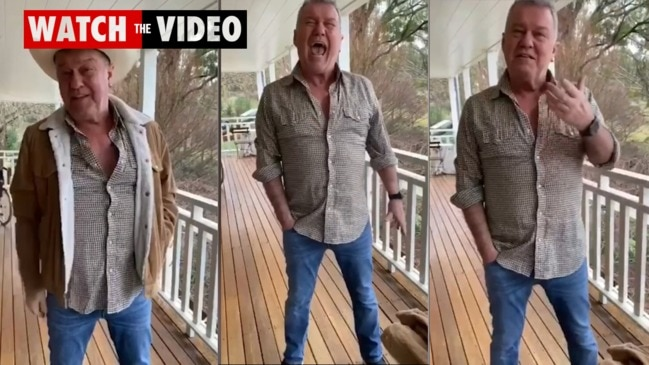 Rocker Jimmy Barnes offers pointers on screaming