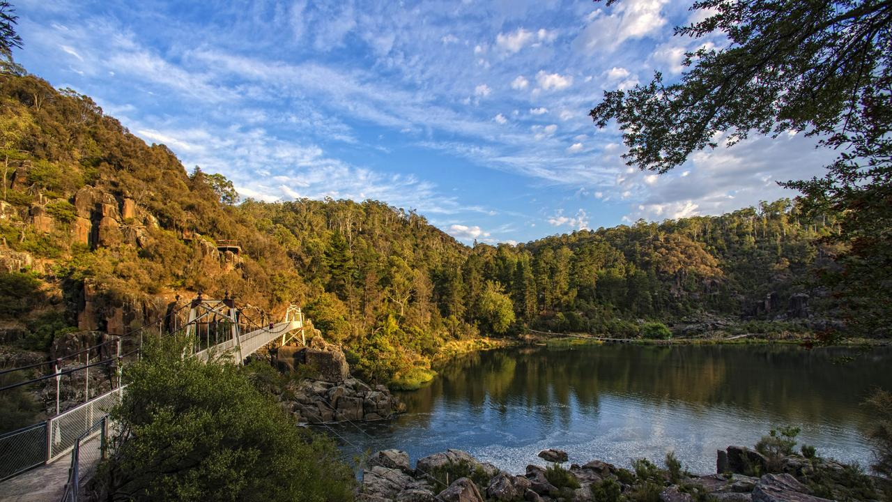 Launceston Cataract Gorge & First Basin.