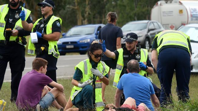 Alligator Creek crash: Six people injured in Bruce Highway