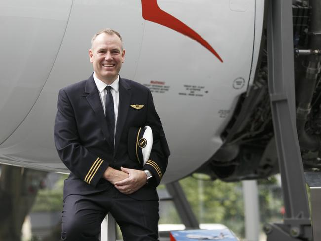 QANTAS BOEING 787 FIRST OFFICER DAVID SUMMERGREENE, WHO WAS PART OF THE FLIGHT CREW OPERATING INAUGURAL PERTH-LONDON FLIGHT.