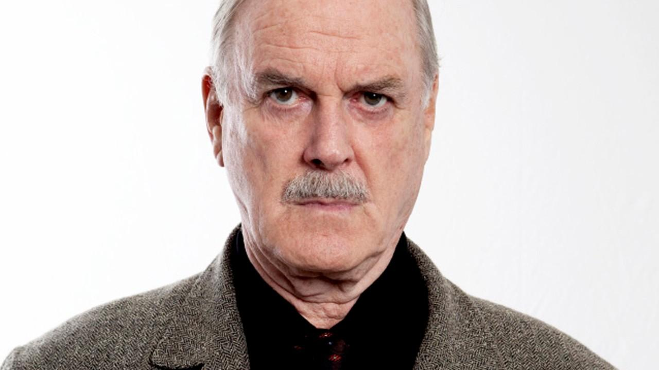 John Cleese has angered the Twitter-verse ... again.