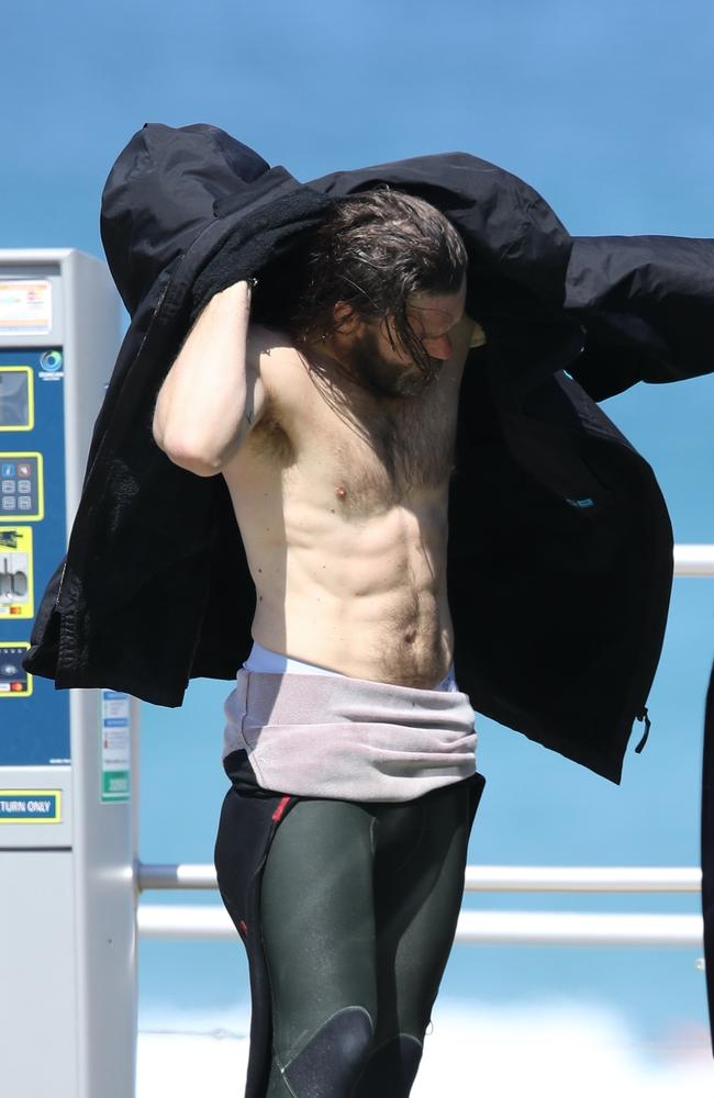 Joel Edgerton, possibly the only person in 2020 to gain abs. Picture: KHAPGG/BACKGRID